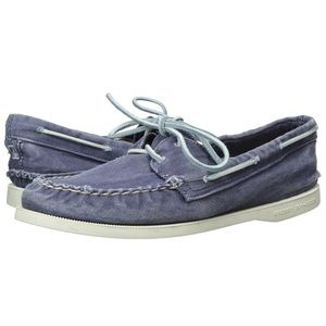 NWT Sperry A/O 2-eye washes navy boat shoes